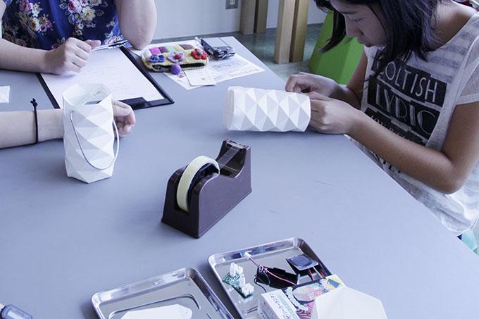 折り紙ソーラーランタン ワークショップ イメージ3